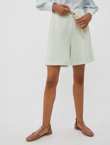 Fleece shorts with drawstring waist